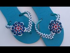Beaded Crafts, Beaded Jewelry Patterns, Glass Slipper, Flip Flops, Slippers, Beads, Youtube, Shoes, Flip Flop Craft