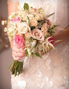 Granada, Vintage Bridal Bouquet, Floral Arrangements, Table Decorations, Diy, Floral Decorations, Events, Flowers, Grenada