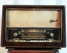 Blaupunkt Palma Old Technology, Technology Gadgets, Tvs, Phone Sounds, World Radio, House Plans Mansion, Old Stove, Retro Radios, Radio Wave