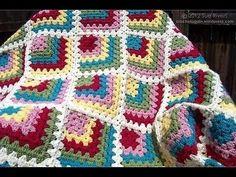 ▶ Granny Square Crochet | طريقة عمل مربعات الكروشيه تبدأ من الزاويه | نسيم الوادي - YouTube