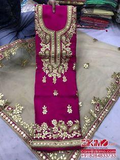 Pakistani Fashion Casual, Punjabi Fashion, Pakistani Wedding Outfits, India Fashion, Pakistani Dresses, Wedding Dresses, Indian Attire, Indian Wear, Kurta Designs