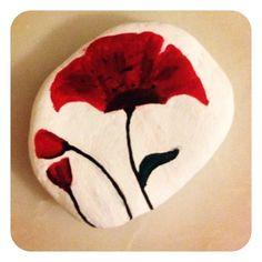 Flor en una roca