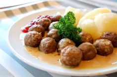 Swedish Meatballs - slow cooker recipe