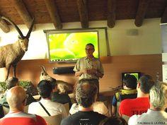 Apertura del presidente dell'Associazione Uomo e Territorio Pro Natura (foto di M.La Viola) del corso di formazione per il monitoraggio dello stambecco (www.uomoeterritoriopronatura.it)