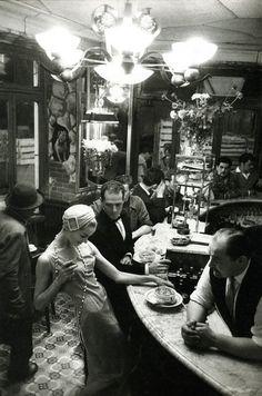 FRANK HORVAT Au Chien Qui Fume, Jardin des Modes, Paris, 1957