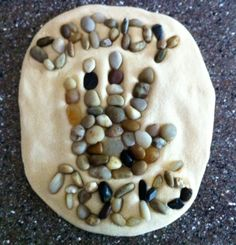 "This Father's Day ""Dad Rocks"" paperweight is made from salt dough and pebbles. A natural looking gift creation for Dad's special day. Diy Father's Day Gifts, Father's Day Diy, Easy Diy Gifts, Craft Gifts, Dad Gifts, Grandparent Gifts, Handmade Gifts, Summer Crafts, Holiday Crafts"