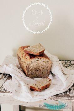 Chleb z oliwkami (2)