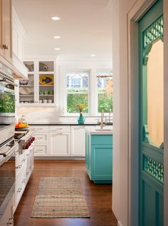 Bright kitchen with turquoise