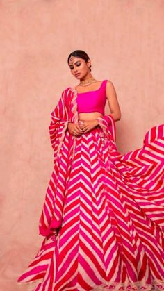Dress Indian Style, Indian Fashion Dresses, Indian Designer Outfits, Designer Dresses, Fashion Outfits, Trendy Outfits, Women's Fashion, Indian Wedding Outfits, Indian Outfits