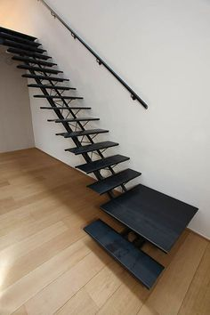 Spiral Stairs Design, Staircase Railing Design, Staircase Storage, Home Stairs Design, Interior Stairs, House Design, Staircase Lighting Ideas, Staircase Outdoor, New Staircase