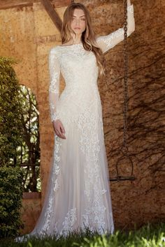 34befdeceff55 Sheath Long-Sleeve High Neck Tulle&Lace Wedding Dress With Sweep Train