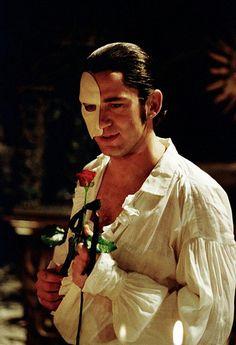 gerard+butler+phantom+of+the+opera | the phantom - gerard butler the phantom Photo (28594274) - Fanpop ...