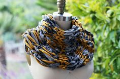 New workshop just posted! Knit a Loop Scarf Using Fabric with fashion designer Kika Knaup on Saturday 11/1/14. Join us to be challenged to think out-of-the-box with an intersection of traditional skill, sculpture and fashion. This workshop will fill fast.