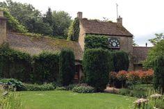 Cotswolds Inn Retreat for 2