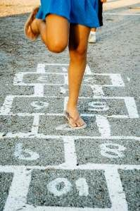 Hopscotch - played varieties of this in my childhood Those Were The Days, The Good Old Days, Puerto Rico, Fun Summer Activities, Everyday Activities, Hopscotch, My Childhood Memories, Childhood Games, I Remember When