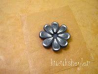 ♥ polimer kil/fimo, resin ve kart yapım çalışmaları ♥: siyah beyaz çiçek kolye