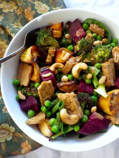 My Comfort salad. Everything I want to add a little comfort to my day. Warm roasted sweet potatoes and beets, broccoli, peas ginger sesame marinated tempeh and a fabulous sesame ginger dressing to bring it all together.  mylittletablespoon.com
