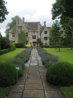 English Manor