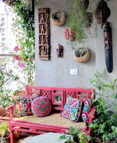 A Balcony Garden In Mumbai: Terrace Reveal - tarasy,balkony - Deco Home Hippie House, Hippie Home Decor, Indian Home Decor, Bohemian Decor, Hippie Garden, Bohemian Patio, Apartment Balconies, Balcony Design, Garden Design