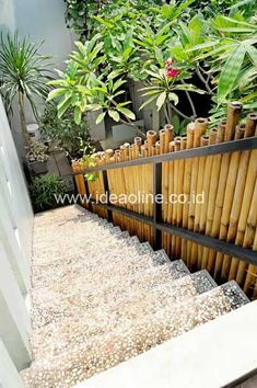 18 Different Types of Garden Fences Page 7 of 19 Garden
