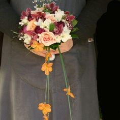 Bridesmaids posy with extensions.