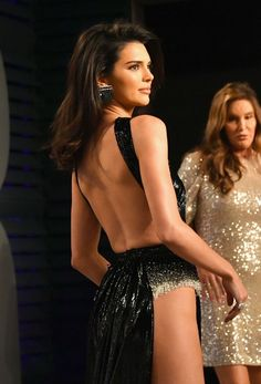 Take a look at the Kendall Jenner style file, one of the best looks damaged by on trend Kendall. Kendall Jenner Outfits, Kendall And Kylie Jenner, Festival Looks, Celebs, Celebrities, Photography Women, Ladies Dress Design, Kardashian, The Dress