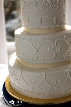 vintage piped wedding cake
