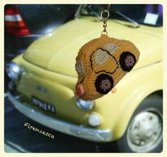 "Fiat 500 portachiavi uncinetto amigurumi crochet car keyrings keychain ""Francesca Birini"" Fiat 500, Crochet Car, Vw Camper, Crochet Earrings, Knitting, Ideas, Amigurumi, Tricot, Breien"