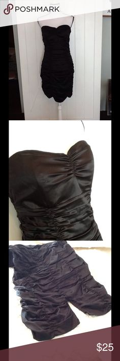 Express silk strapless dress Cute and sexy! Shirred, back slit, scalloped bottom. 93% silk, 7% spandex; lining: 96% polyester, 4% spandex. Hand wash cold. Used condition with normal wear. Express Dresses