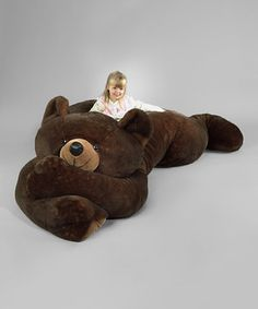 Soft, sweet and oh-so huggable, this oversize plush pal makes a perfect addition to a collection of cuddle buddies. Plus, it won't scare the neighbors and will never get into the honey jar. How awesome I want this for myself