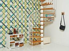 idées-escalier-colimaçon-marches-bois-rampe-blanche escalier colimaçon