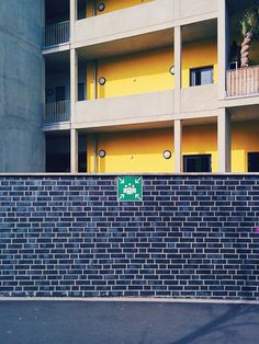 #stuttgart #badcannstatt #germany #sign #wall #yellow #urban #architecture
