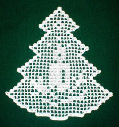 Crochet snowflakes Christmas decorations set of 6 crochet snowflakes Christmas tree decorations close package Fabric Christmas Trees, Crochet Christmas Ornaments, Christmas Crochet Patterns, Christmas Embroidery, Christmas Crafts, Lace Embroidery, Filet Crochet Charts, Crochet Diagram, Crochet Motif