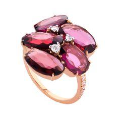 Ring Double Rose in Blumendekor: edler Ring höchster Qualität mit Rhodolith-Granat und 13 Brillanten in Farbe G, 18-karätiges Rotgold, online bei RenéSim kaufen.