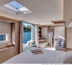The 7 exclusive journal Lagoon Seventy 8 : 24 mètres d'excellence française. Yacht Design, Catamaran Design, Catamaran Charter, Luxury Yacht Interior, Boat Interior, Luxury Yachts, Luxury Homes, Interior Do Barco, Yatch Boat