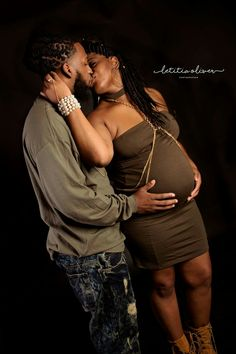Maternity Photography, urban love Maternity Photography, Urban, Couple Photos, Couples, Couple Shots, Couple Photography, Couple, Maternity Photos, Pregnancy Photos
