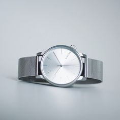 KOMONO Winston Royale Silver: https://thewatchstore.de/product/komono-winston-uhr-royale-silver/