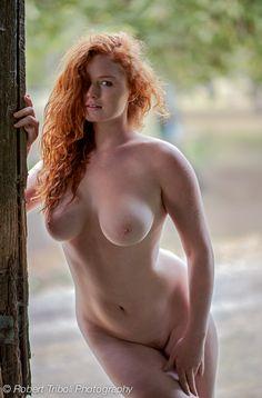 Sexy Curvy Redhead - Imgur