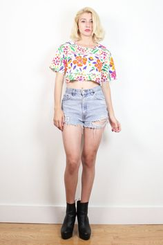 Vintage 1980s Cropped Tshirt White Rainbow Floral Print Crop Top 80s New Wave Mini Baby Tee Summer Print T Shirt Hipster Beach S M Medium L #1980s #80s #etsy #vintage #croptop #crop #top #cropped #tshirt #tee #floral #new #wave #newwave