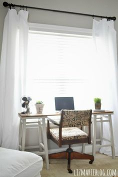 DIY Barstool desk - A super simple DIY desk that will fit anywhere in your home. Awesome!!!!