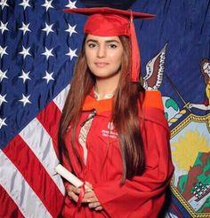 Momina Mustehsan Bio, Photos and Updates