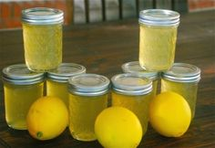 This Lemon Jelly with a Hint of Vanilla Canning Recipe is just the spreadable goodness to bring a zesty tangy sweet zing to your morning breakfast toast, E condiments Jelly Recipes, Jam Recipes, Canning Recipes, Lemon Jelly Recipe, Curry Recipes, Cooker Recipes, Soup Recipes, Chutneys, Antipasto