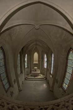 This Castle was Abandoned in 1932 after a Major Fire; The Inside is Hauntingly…