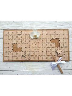 Guest book - Puzzle (Gästebuch für Hochzeiten usw.) Auf die einzelnen Holzteile können sich die Gäste unterschreiben. Größe 56 x 28 cm. Größe der Holzteile 4 x 4 cm Das Guest book hat 96 Teile und auf jeden passt ein Name oder mehr.
