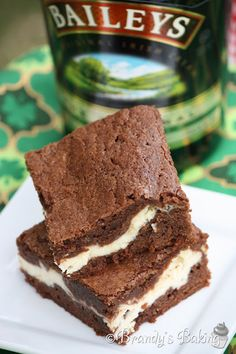You may remember how I feel about Bailey's Irish Cream. I've seen Irish Cream Brownies popping up on Köstliche Desserts, Delicious Desserts, Dessert Recipes, Yummy Food, Recipes Dinner, Bar Recipes, Dessert Bars, Eat Dessert First, Irish Cream