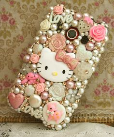 Phone Cover by @HephziCreations     http://www.etsy.com/shop/HephziCreations