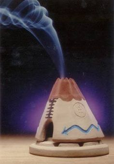 Teepee Incense Burner with Pinon Incense Ceramics Projects, Clay Projects, Clay Crafts, Ceramic Incense Holder, Diy Incense Holder, Biscuit, Incense Cones, Modern Ceramics, Incense Burner