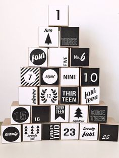 Modern Black and White Advent Calendar Set of 25 by milchundhonig