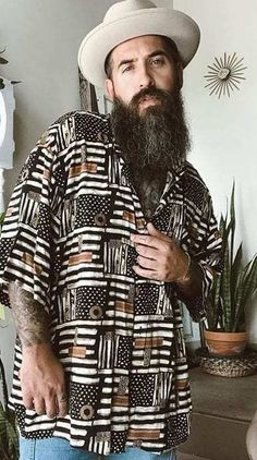 Stunning Garibaldi Beard Looks for Men 2020 Grow A Thicker Beard, Thick Beard, Short Beard, Latest Beard Styles, Long Beard Styles, New Beard Look, Beard Maintenance, Mens Fashion Blog, Men's Fashion