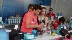 Gilles Simon making a #SaphireACE at the #MiamiOpenTennis @SappireGinUSA Lounge